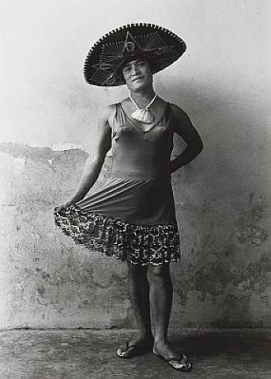 011_graciela-iturbide_theredlist