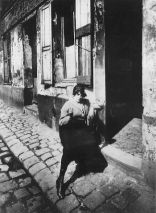 atget_prostitute_taking_her_shift