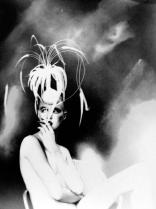 """Werk von Lillian Bassman, aus der Ausstellung """"Lillian Bassman & Paul Himmel"""" in den Deichtorhallen Hamburg (26. Nov. 20009 - 21. Feb. 2010)"""